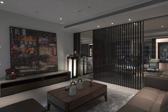 锦盈源装饰营造客厅穿透感 玻璃移门巧隔断